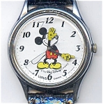 Click here to enlarge image and see more about item wwmlmic22: Disney Mickey Mouse man's  wrist watch