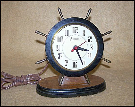 Vintage 1940's Sessions Shipswheel Clock
