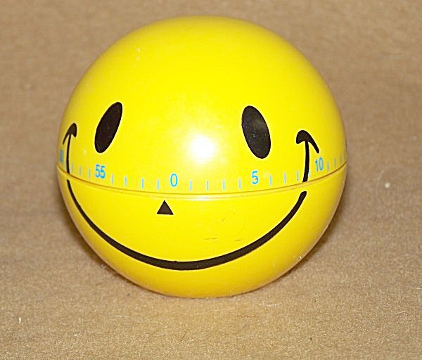 Collectible Happy Face Kitchen Timer (Image1)