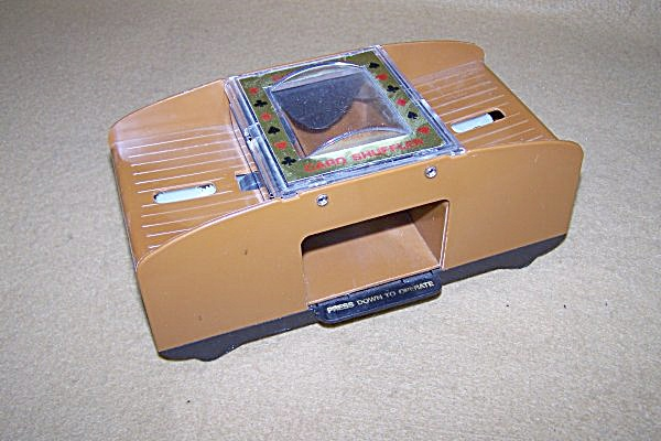 Vintage Automatic Playing Card Shuffler (Image1)