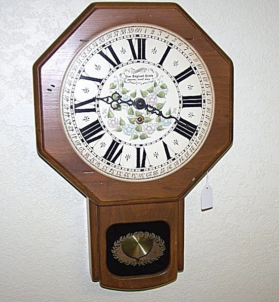New England 8-Day Schoolhouse Style Wall Clock (Image1)