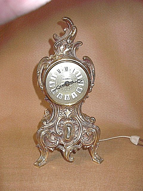 Vintage Renaissance Gold Baroque Electric Table Clock (Image1)