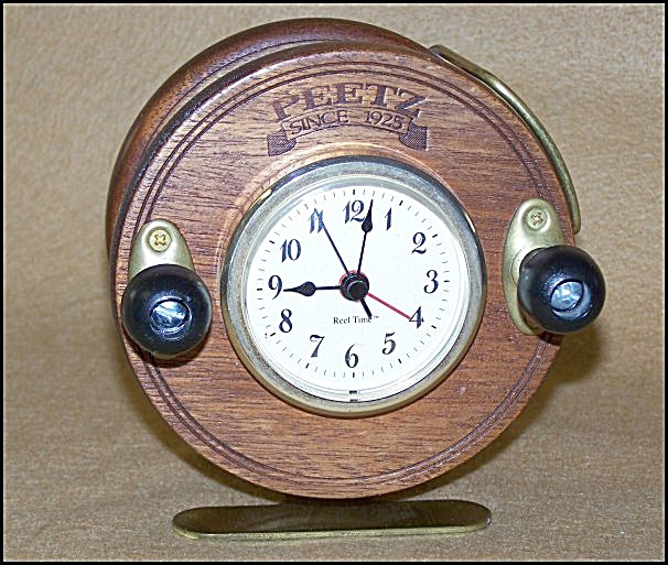 Collectible PEETZ Fishing Reel Talking Alarm Clock 2380 (Image1)