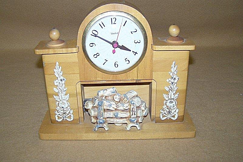 1950's United Lighted Fireplace Clock Model 420