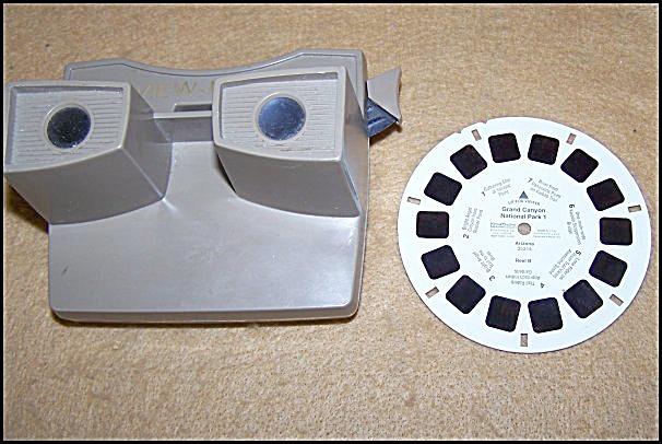 Vintage GAF 3-D View-Master (Image1)