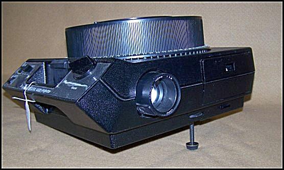 Vintage Kodak Carousel Slide Film Projector Model 4600 (Image1)