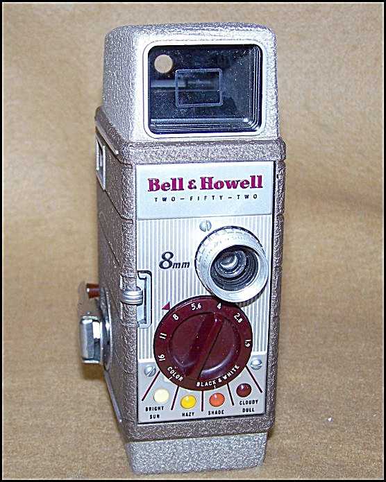 Classic Bell & Howell 252 8mm Film Movie Camera 7303