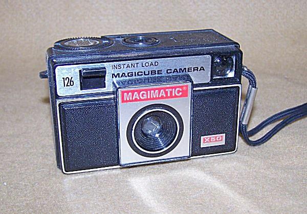 1960's Kodak Magimatic X50 Magic Cube Camera 7347 (Image1)