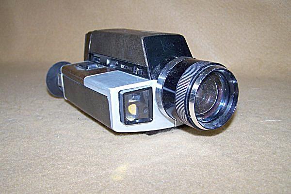 vintage kodak xl55 super 8 movie camera outfit 7381 vintage cameras at daryls clocks galore. Black Bedroom Furniture Sets. Home Design Ideas