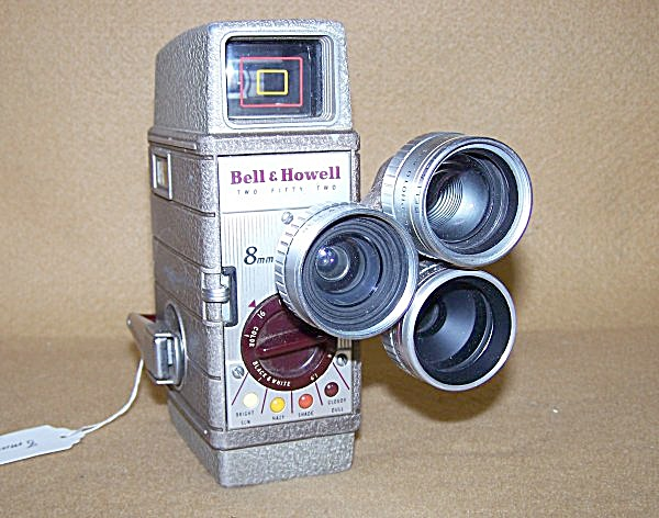 Bell & Howell Mod 252 8mm Movie Camera W/turret Lenses