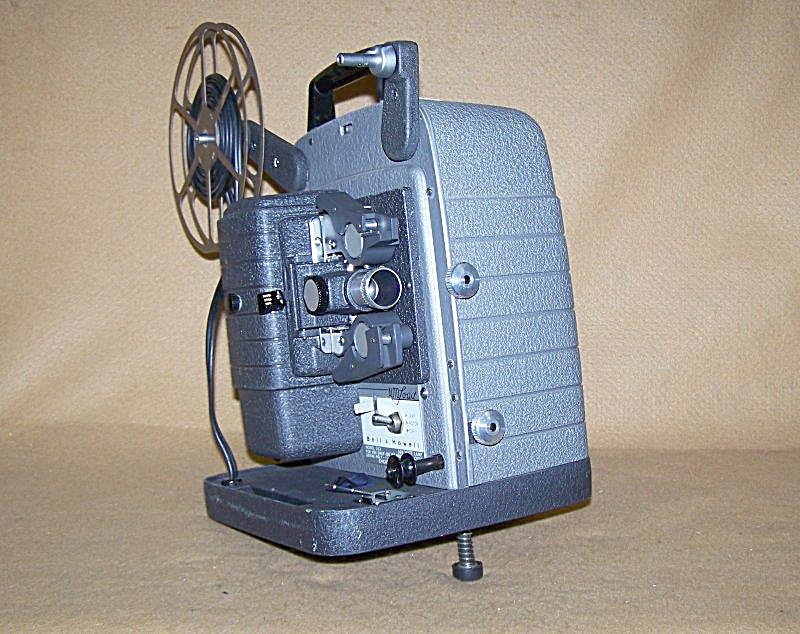 Vintage Bell & Howell Mod 353 8mm Movie Projector (Image1)
