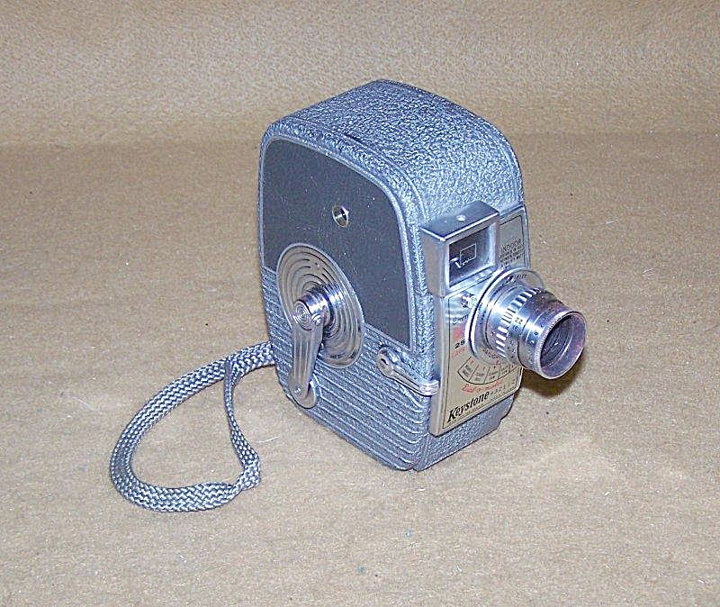 Vintage Keystone 8mm K-25 Capri Movie Camera (Image1)