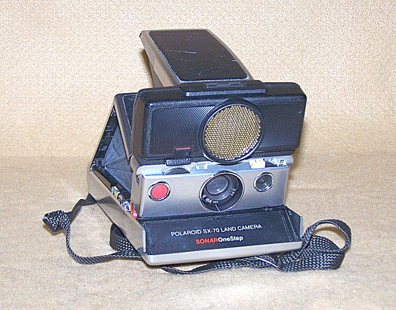 Collectible Polaroid Silver Sonar Sx-70 Land Camera