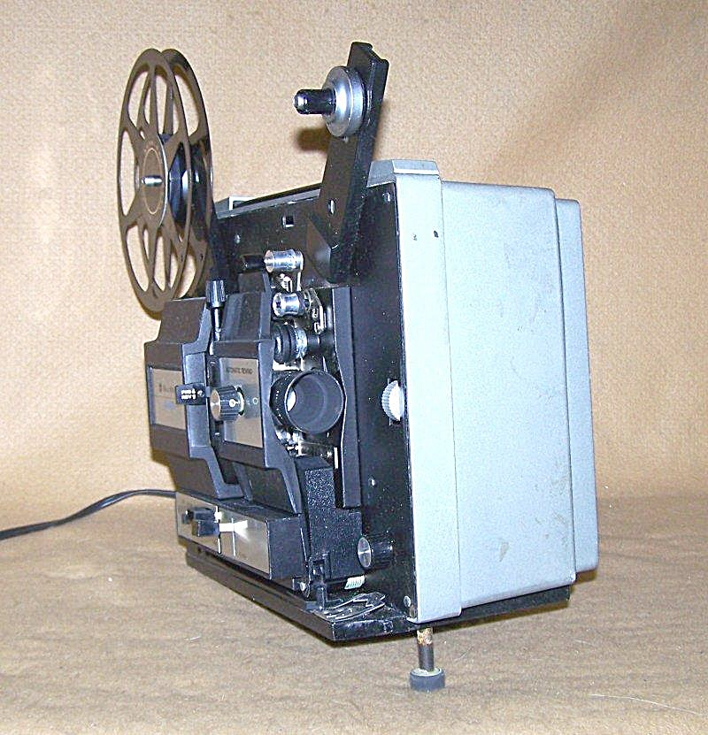 Bell & Howell Model 457A Dual 8 Movie Projector 7525 (Image1)