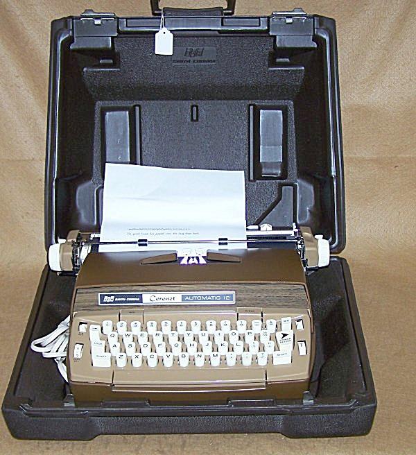 1970's SCM Elec Coronet Automatic 12 Typewriter 8189 (Image1)