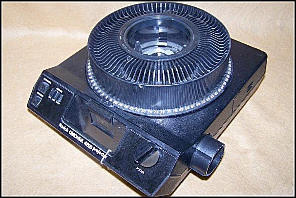 Vintage Kodak Carousel Slide Film Projector Model 4200 (Image1)