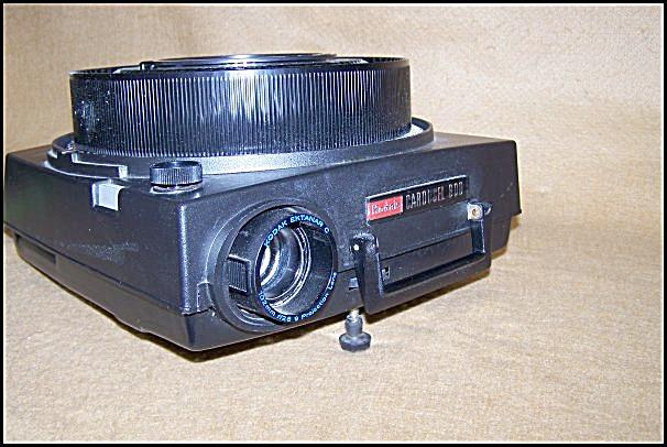Kodak Carousel 35mm Slide Projector Mod 600 - 9534 (Image1)