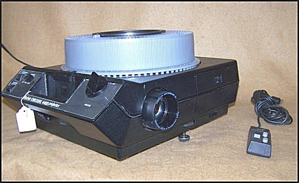 Vintage Mod 4400 Kodak Carousel Slide Projector 9565 (Image1)