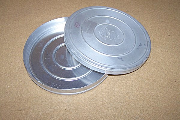 Vintage Metal Movie 7 Inch 16mm Movie Reel Can (Image1)