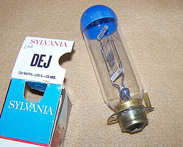 DEJ 750 Watt 120 Volt Projector Bulb Replacement (Image1)