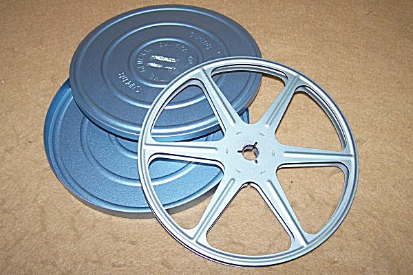 Super 8 Metal Movie Reel 5 Inch 200 ft w/Can (Image1)