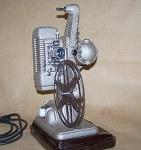 Click here to enlarge image and see more about item 7202: 1940's Revere Model P-90 8mm Movie Projector 7202