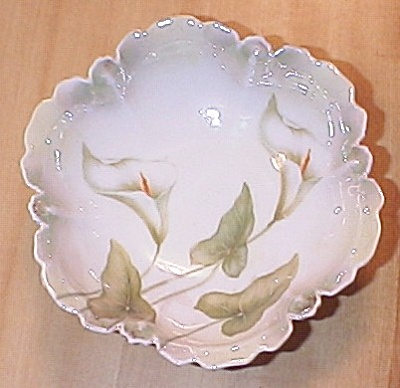 1920s/30s German Small Bowl With Calla Lilies