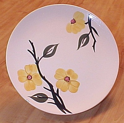 Southern Potteries Blue Ridge Pottery Yellow Mayflower Dinner Plate