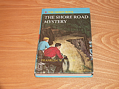 The Hardy Boys Series, The Shore Road Mystery, Book #6 (Image1)