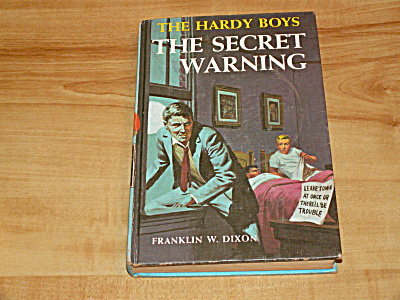 The Hardy Boys Series, The Secret Warning, Book #17