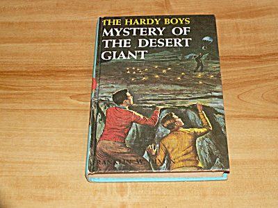 The Hardy Boys Series, Mystery Of The Desert Giant, Book #40