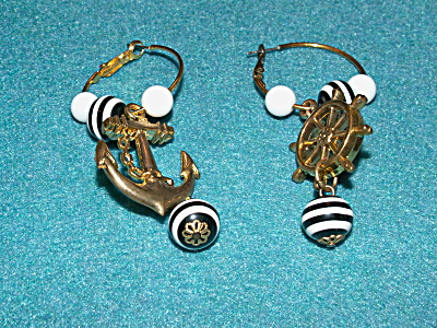 Vintage Costume Jewelry, Pair Pierced Earrings Drop Nautical S