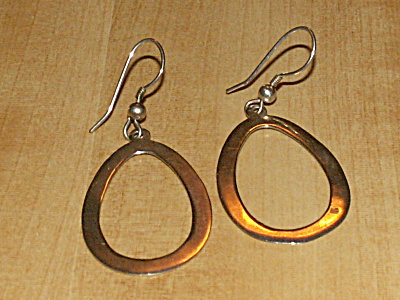 Vintage Pair 925 Sterling Silver Pierced Earrings Oval Hoop Dangles