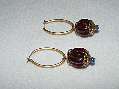 Vintage Costume Jewelry, Pair Red Bead Dangle Pierced Earrings B (Image1)
