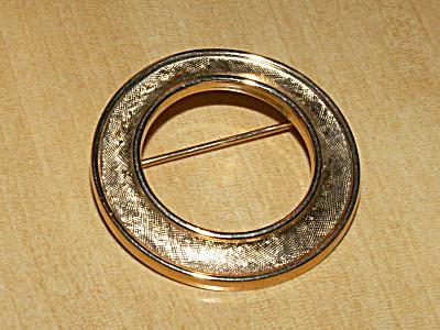 Vintage Signed Crown Trifari Pin Brooch Gold-tone Circle w/Texture (Image1)