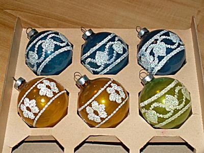 6 Vintage U.S.A. Glass Christmas Balls, Multi-Color, Glitter, Hearts (Image1)