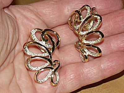 Vintage Emmons Clip Earrings Curlicues Textured Metal Gold/Silvertone (Image1)