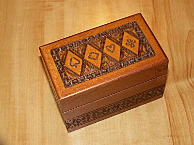 Vintage Carved Wood Playing Cards 2 Deck Box Hinged Lid Card Symbols (Image1)