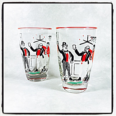 Libbey Pickwick Dickens pair of tall cocktail glasses (Image1)
