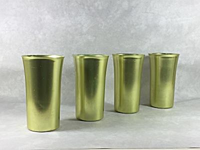 Set 4 midcentury chartreuse aluminum tumblers (Image1)