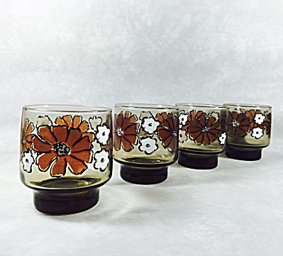 Libbey set 4 Tawny Accent rocks with Brown Camilia design (Image1)