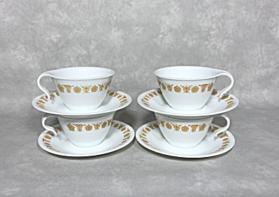 Set Of 4 Vintage Corelle Vitrelle Butterfly Gold Hook Handled Cups & Saucers