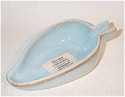 Ballard #2 turquoise leaf shaped ashtray (Image1)