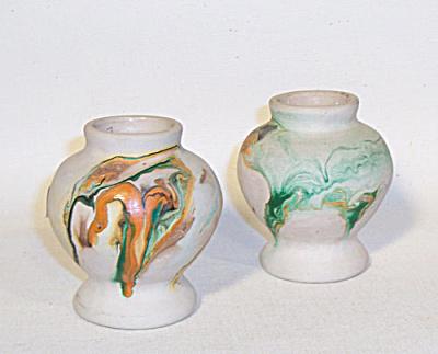 pair Nemadji Minnesota small swirl vases (Image1)