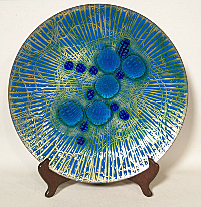 Annemarie Davidson 11 inch Grooveline plate (Image1)