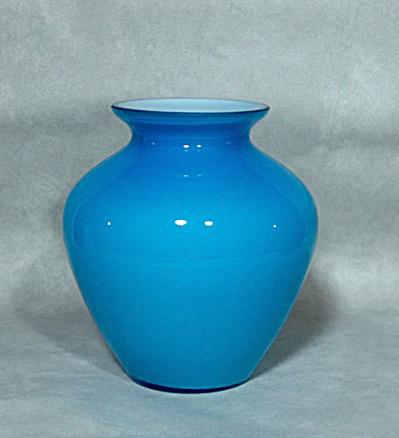 Consolidated Regent aqua 1140 6 inch vase (Image1)