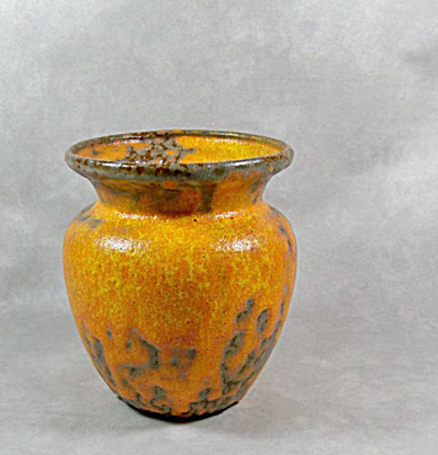 Royal Haeger Orange Peel vase (Image1)