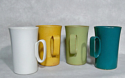 set 4 Aida #1639 Bennington Potters mugs (Image1)