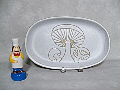 Martz / Marshall Studio mid century plate (Image1)