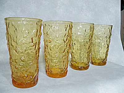 4 Anchor Hocking Lido Honey Gold zombies (Image1)